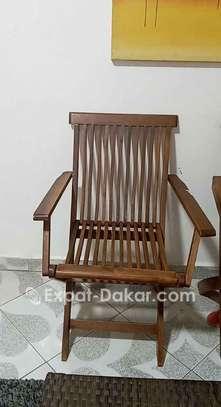 Chaises en bois image 1
