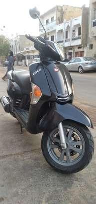 Kymco like 125cc image 3