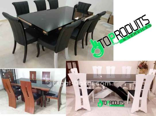 Table à manger 6 ou 8 places image 3