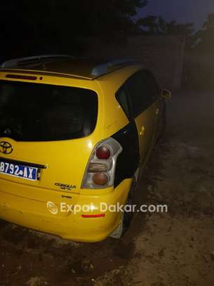 TAXI TOYOTA D4D VERSO image 6