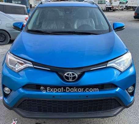 Toyota Rav 4 2016 image 1
