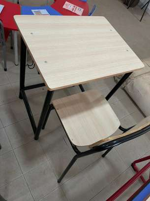 tables bancs image 2
