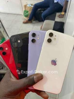 IPhone 11/64 image 2
