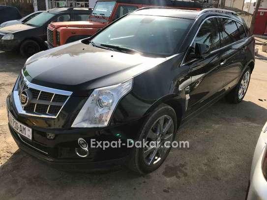 Cadillac  2011 image 3