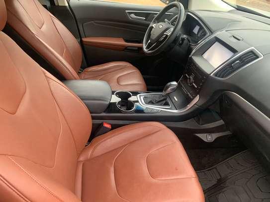 Ford Edge image 7