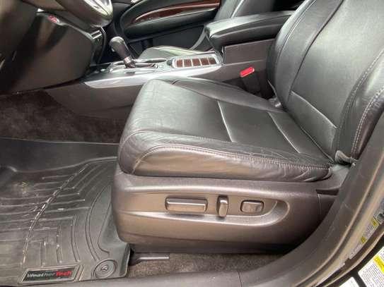 Acura MDX image 9