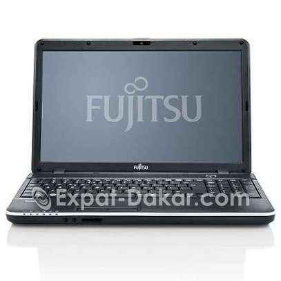Fujitsu Siemens A512 Cor i3 image 1