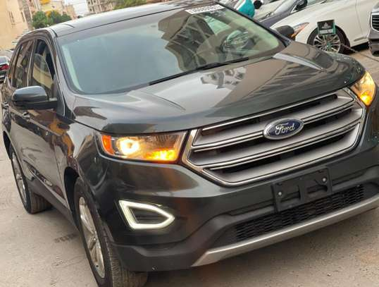 Ford Edge SEL image 8