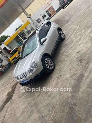 Nissan Qashqai 2012 image 2