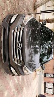Hyundai Santa Fe 2013 automatic négociation possible. image 2