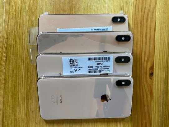 Iphone XsMax 64gb image 1