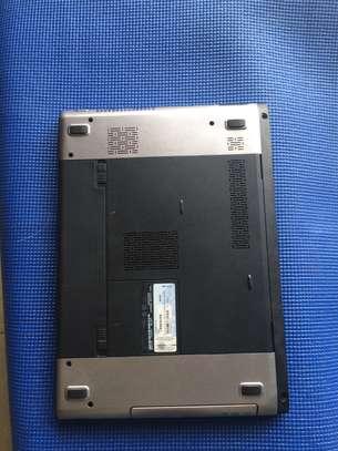 Vente  d'ordinateur portable Dell image 4