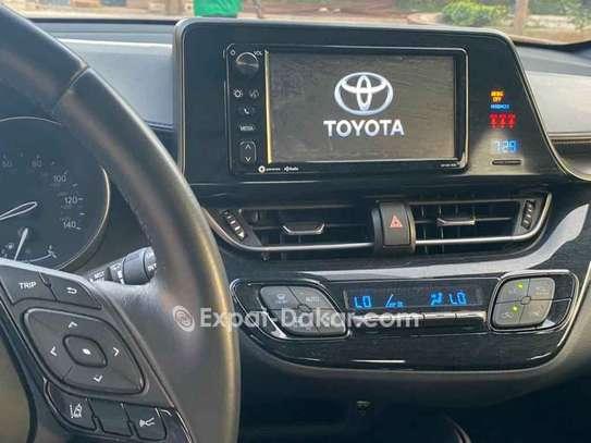Toyota C-hr 2018 image 4