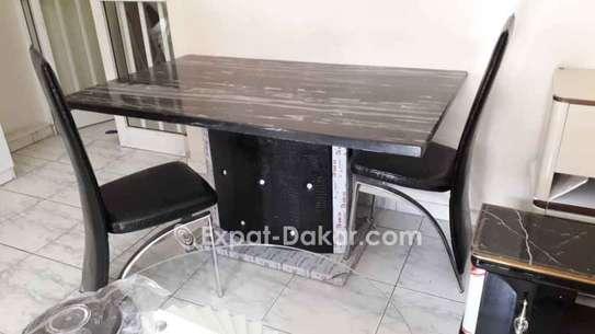 Table à manger avec 6 ou 8 chaises image 6