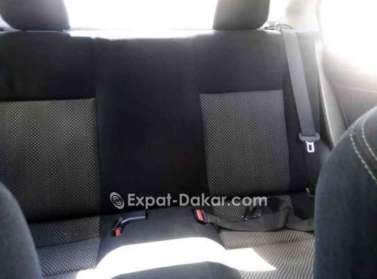 Toyota Yaris 2014 image 4
