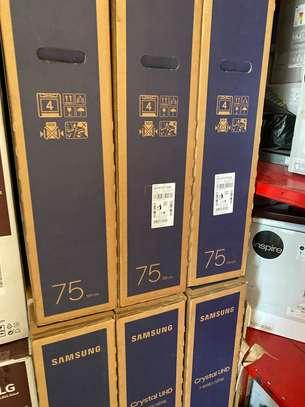 "Samsung Crystal 75"" 4K/Ultra HD image 2"