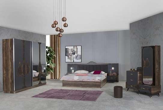 Chambre à coucher moderne image 2
