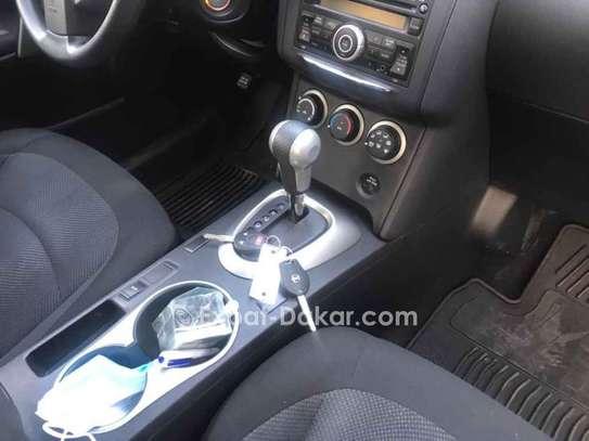 Nissan Rogue 2012 image 2