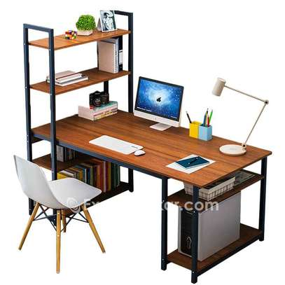 Bureau table étagère avec chaise marron image 1