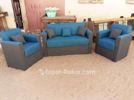 Canapés, fauteuils, salons image 3