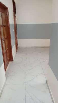 Appartement spacieux et récent à louer à Keur Massar image 2