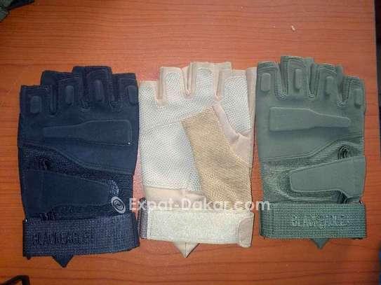 Gants demi doigt simili cuir image 3