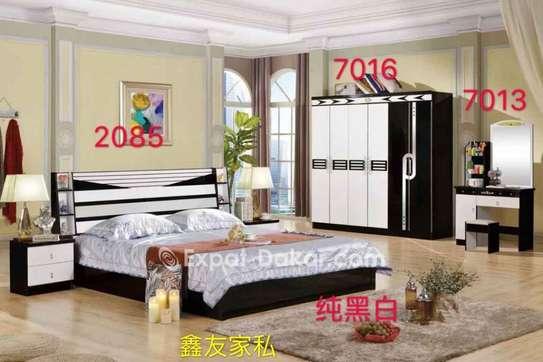 Chambres à coucher importées image 3