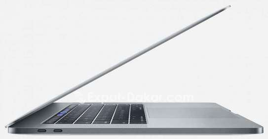 MacBook Pro Touch bar 2018 image 3
