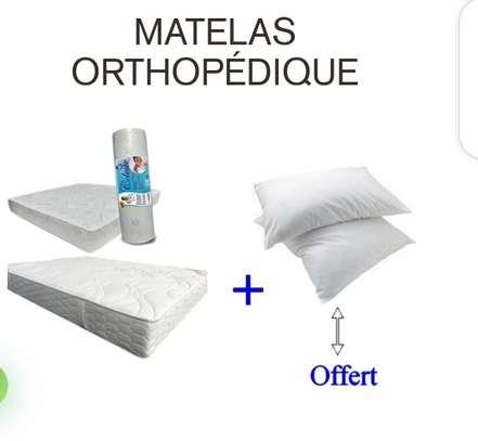 Matelas orthopédique dimension 180/190 double lit image 1