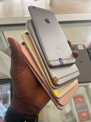iPhone 6S plus 64 giga image 3