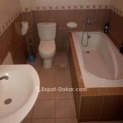 Chambres meublées a la cité Alioune Sow image 4