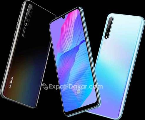 Huawei P Smart S image 2