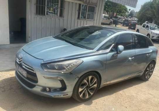 Je vends ma Citroën ds5 image 1