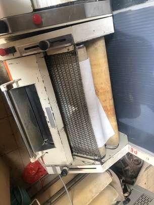 Faconneuse boulangerie pétrin spirale image 7