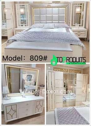 Chambre à coucher+Matelas offert image 3