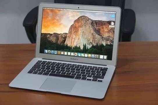 MacBook Air Core i7 image 1