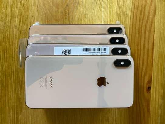 Iphone XsMax 64gb image 6