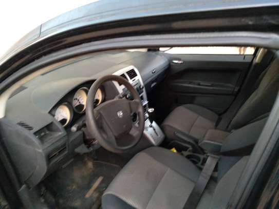 Dodge Caliber image 3
