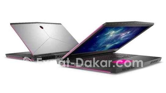 Alienware 17 R5 core i9 GTX 1080 image 5