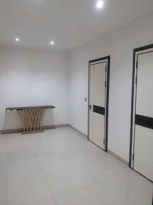 Appartement F4 à louer aux Almadies image 5
