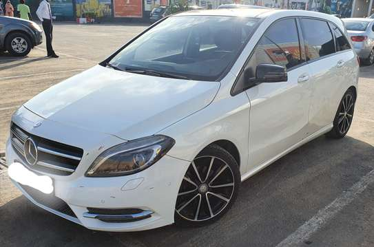 Mercedes-Benz Classe B en très bonne état très bien entretenue image 4