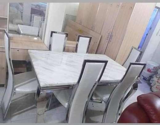 Table en marbre + 6 chaises image 2