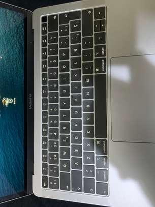 Mac air 2020 m1 et 2019 i5 venants image 1