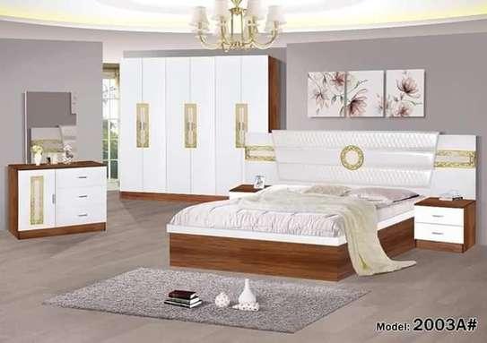 Chambre à coucher complète neuve image 1