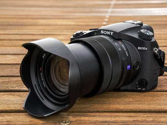 Sony RX10 Mark III 4K image 1