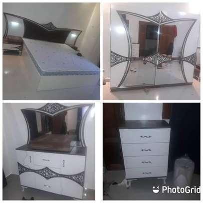 Chambre à coucher moderne image 5