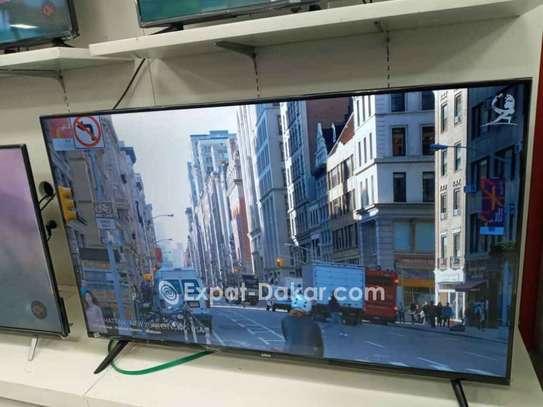 "Smart TV 55"" ASTECH 4K UHD image 2"