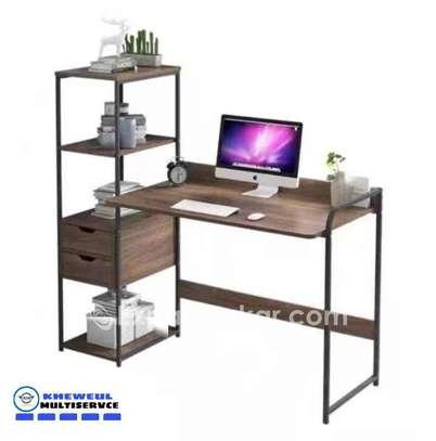 Bureau avec étagère Table de bureau Bureau d'ordin image 1
