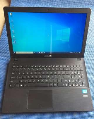 Vente  d'ordinateur portable  Asus image 2