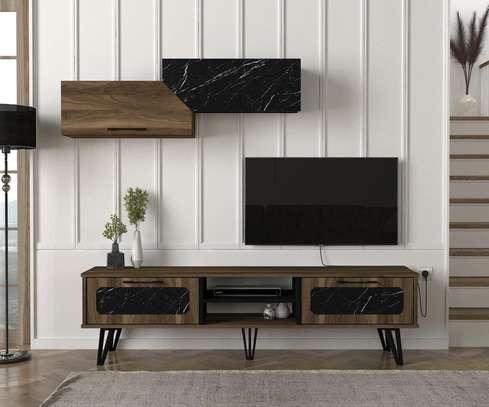 Table TV avec étagère murale image 6